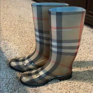 Burberry Nova Check Rainboots 38